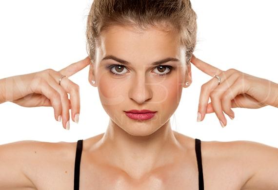 عملية الأذن الوطواطية